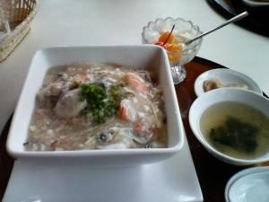 海鮮炒飯 / 中国料理 東洋